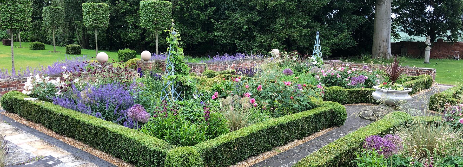 Garden designer Winchester